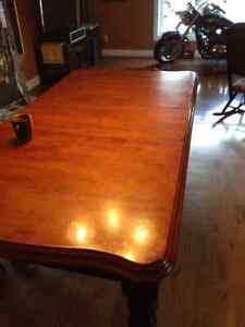 Kitchen table only Cornwall Ontario image 1