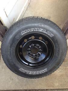 Ford F-150 Spare Rim + Tire