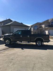 2007 Ford F350 Lariat FX4 6.0 deisel. LOW KMS