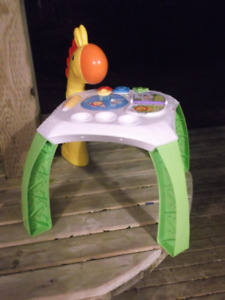 Fisher Price Animal Friends Learned Table