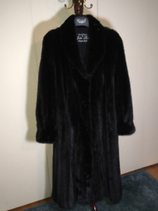"""New Year in Style with a """"American Legend"""" Mink Coat"""