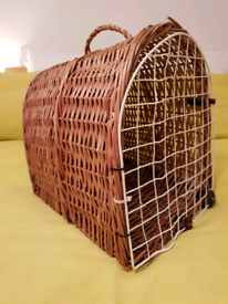 Vintage wicker cat carrier / basket