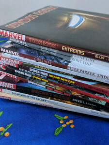 Lot de Bande-dessinée MARVEL + Bonus