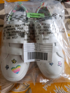 Gymboree doodle snickers girls brand new with tags size 3