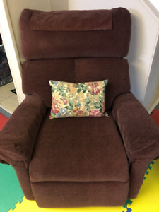 Multi Position Lift Chair For Sale!