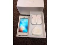 iPhone 5 on EE/ Virginia/ tmobile 16gb( excellent condition)