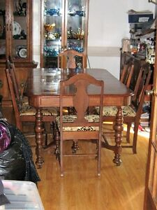 VINTAGE GIBBERT TABLE & 6-- CHAIRS SETS