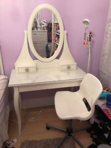 Just like new IKEA Hemnes Vanity table, with mirror and chair