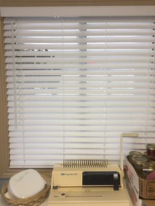 Faux Wood Blind - never opened