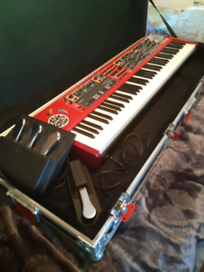 Clavia Nord Stage 2 HA-76 with hardcase, triple pedal and latch