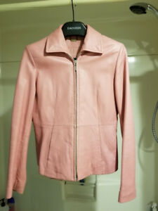 Danier Woman's leather jacket - pink size 4