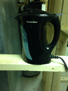 Small Black kettle