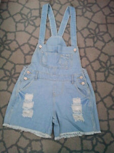 BRAND NEW WOMAN'S DENIM DISTRESSED OVERALLS  *ORILLIA**