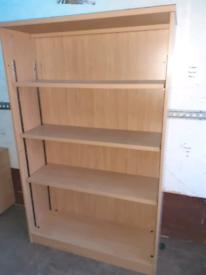 Heavy duty shelf unit