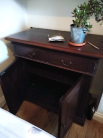 Side Unit with drawers