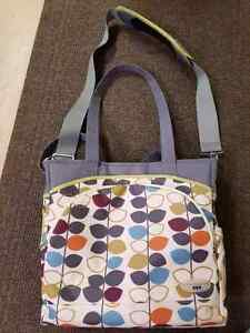 Diaper bag with waterproof bag