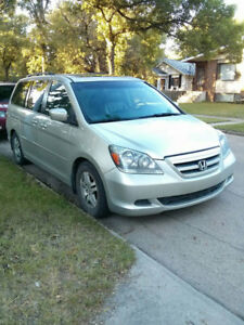 2005 Honda Odyssey - Selling for parts