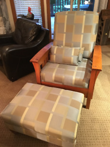 Stylish armchair with matching ottoman- great lodge look