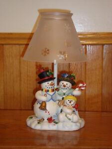 Snowbell Family Tealight Lamp