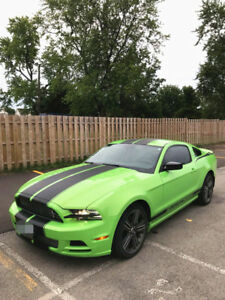 2014 Ford Mustang 2dr Cpe V6 Premium