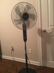 Garrison Floor Fan