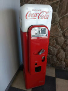 1950's Vendo 44 Coke Machine