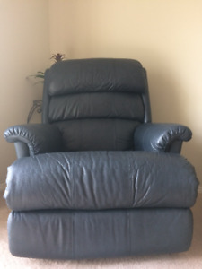 Cozy dark blue recliner