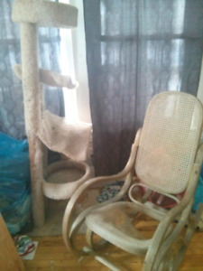 Rocking chair (need to be restored)