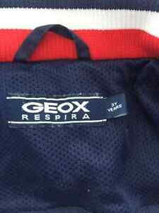 Geox Fall / Spring Coat - Size 3Yrs West Island Greater Montréal image 3