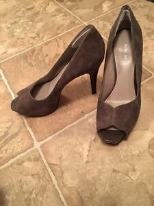 Shoes barely or never worn Strathcona County Edmonton Area image 4