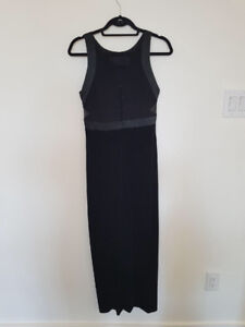 Selling gown