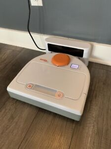 Neato Botvac 75 Robot Vacuum (similar to roomba)