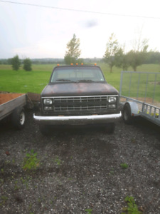 Square body Chevy crew cab short box
