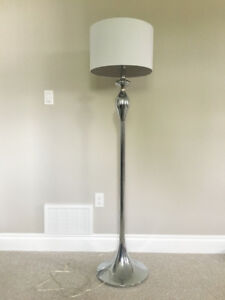Like New* Floor Lamp