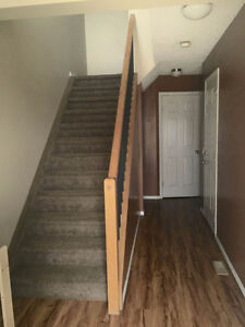 MUST SEE TWO BDR ELLERSLIE TOWNHOUSE - RENT REDUCED!!!!! Edmonton Edmonton Area image 2