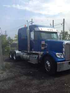 2015 FREIGHTLINER CORONADO HIGHWAY TRUCK FOR SALE
