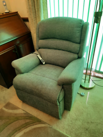 Electric Reclining Chair with Remote