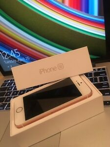 iPhone SE Rose Gold 64 GB Fido/Rogers