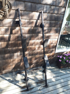 Thule Roof Rack System with Kayak/Canoe Saddles