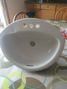 Excellent White Crane Bathroom Sink with Strainer London Ontario image 2