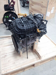 Mustang engine 3.7L V6 - NEW IN CRATE !!!! Cambridge Kitchener Area image 3