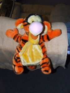 Kids Disney Pooh Tigger Backpack - NEW - $10.00