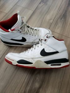 acc5111a69 Nike Air Flight | Kijiji - Buy, Sell & Save with Canada's #1 Local ...