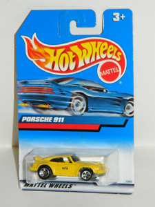 Hot Wheels 1/64 Porsche 911 Diecast Car