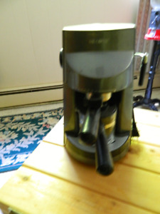 steam espresso, latte, and cappuccino maker with frother