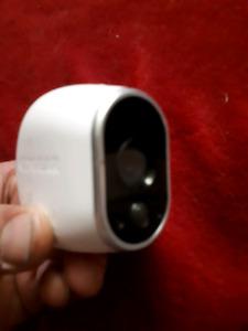 like new 4 wireless security cameras.