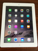 iPad 32 GB 4th Gen with Retina Display (Excellent Condition!)