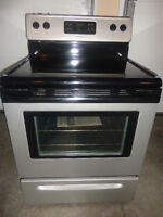 Frigidaire Glass Stove Selfcleaning Like New