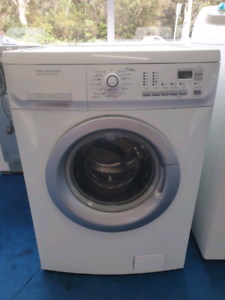8kg Front Load Washer with warranty and free local delivery
