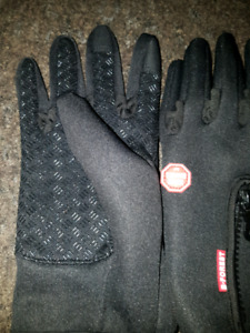 HIGH QUALITY LADIES BIKE GLOVES SIZE SMALL